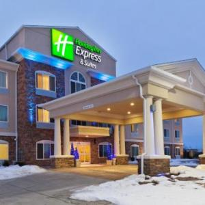 Lofte Community Theatre Hotels - Holiday Inn Express & Suites Omaha I-80