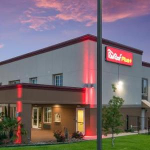 Red Roof Inn PLUS  Fort Worth -Burleson