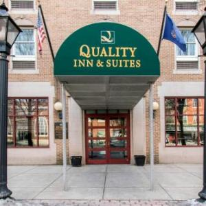Luhrs Performing Arts Center Hotels - Quality Inn & Suites Shippen Place Hotel