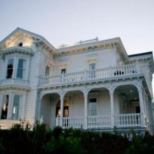 Santa Cruz Civic Auditorium Hotels - West Cliff Inn A Four Sisters Inn