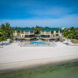 Coco Plum Beach & Tennis Club & Marina