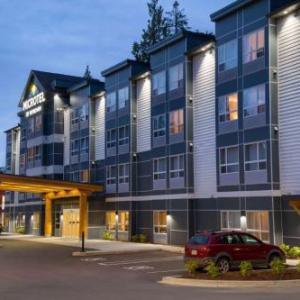 Hotels near Beban Park Social Centre - Microtel Inn & Suites By Wyndham Ladysmith Oyster Bay