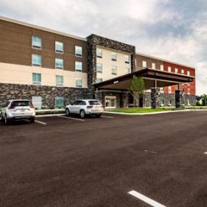 Holiday Inn Express & Suites - Dayton East - Beavercreek