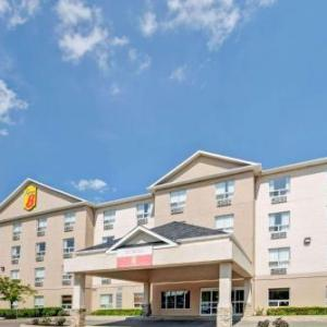 Hotels near Park Place Barrie - Super 8 Barrie