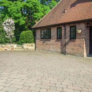 Beechcroft Corner House