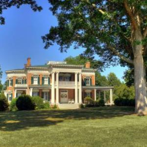 Rockwood Manor - Bed And Breakfast