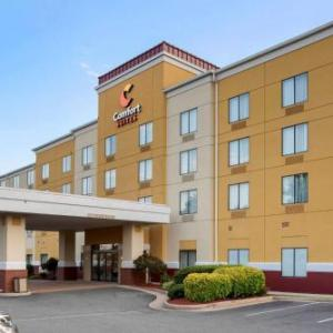 Hotels near Riverside Center for the Performing Arts Fredericksburg - Comfort Suites Fredericksburg North