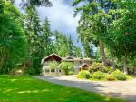 Parksville British Columbia Hotels - Maple View Bed And Breakfast