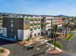 Parker Arizona Hotels - Holiday Inn Express & Suites - Lake Havasu - London Bridge