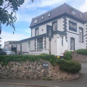 Bangor University Hotels - The Menai Hotel and Bar