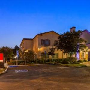 Hotels near Citrus College - Best Western Plus Route 66 Glendora Inn