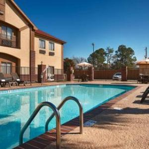 Best Western Bayou Inn & Suites