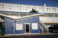 Cabana Motel Image
