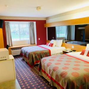 Bloomington Performing Arts Center Hotels - Ramada Limited And Suites Bloomington