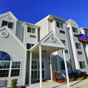 Howard Johnson Inn And Suites Elk Grove Village Ohare IL, 60007