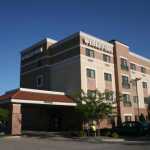 Hotels near Cessna Stadium - Wesley Inn
