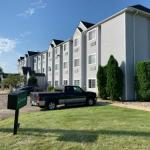 Owatonna Inn & Suites
