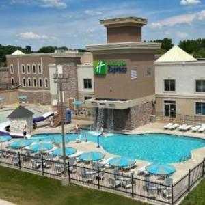 Holiday Inn Express Wisconsin Dells an IHG Hotel