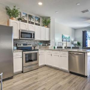 Remodeled Resort Townhome with Pool 4 Mi to Disney!