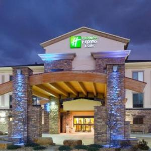 Budweiser Events Center Hotels - Holiday Inn Express Hotel & Suites Loveland
