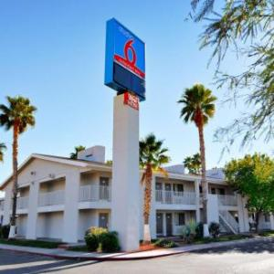 Hotels near Tucson Rodeo Grounds - Studio 6-Tucson AZ - Irvington Road