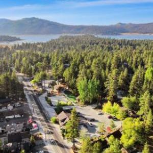 Bear Creek Resort - Bed And Breakfast