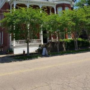 Hotels near Vicksburg Convention Center - Baer House Inn