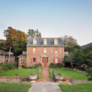 Kimball Theatre Hotels - Cedars Of Williamsburg Bed & Breakfast