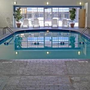 Hotels near Water Works Park - Baymont Inn & Suites Des Moines Airport