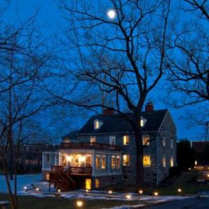Wayside Inn Bed And Breakfast