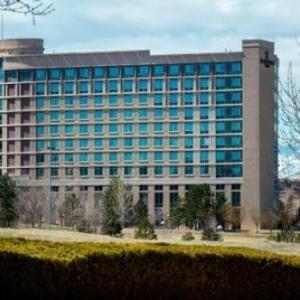 Hotels near Flatiron Crossing - Renaissance Boulder Flatiron Hotel