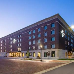 Hotels near Salina Community Theatre - Homewood Suites By Hilton Salina/Downtown Ks
