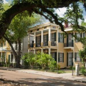 HH Whitney House - A Bed & Breakfast on the Historic Esplanade