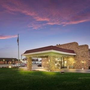 Hotels near Sweetwater Performance Pavilion - Red Roof Inn Fort Wayne