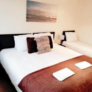 Hotels near The Drumsheds London - COGIE HOUSE