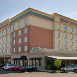 Hotels near Missouri History Museum - Drury Inn & Suites St. Louis Forest Park