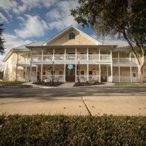 Gruene River Hotel & Retreat