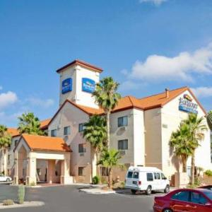 Southwestern International Raceway Hotels - Baymont By Wyndham Tucson Airport