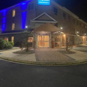 Lake Terrace Lakewood Hotels - Comfort Inn Toms River