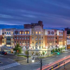 Hotels near Montgomery Motorsports Park - Staybridge Suites Montgomery - Downtown