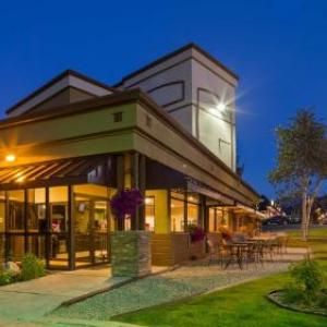 Hotels near Hideaway Park Winter Park - Best Western Alpenglo Lodge