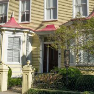 Charleston Maritime Center Hotels - Barksdale House Inn