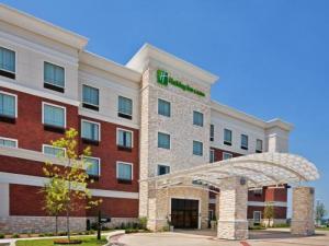 Holiday Inn & Suites-mckinney