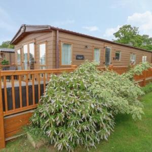 32 Lake View Norwich