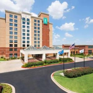 Emby Suites Norman Hotel