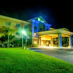 Cocoa Expo Sports Center Hotels - Holiday Inn Express Hotel & Suites Cocoa