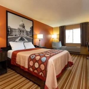 Hotels near Fogerty Arena - Super 8 Blaine
