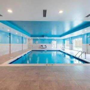 Holiday Inn Express & Suites - Staunton an IHG Hotel