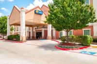 Comfort Inn & Suites Near Medical Center Image