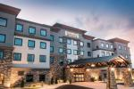 Baraboo Wisconsin Hotels - Staybridge Suites - Wisconsin Dells - Lake Delton